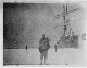 100y_old_negatives_discovered_in_Antarctic_002